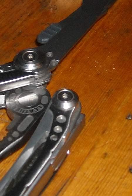 Surge-scissors-skele-v1-4