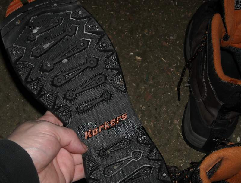 Korkers-Treads-8