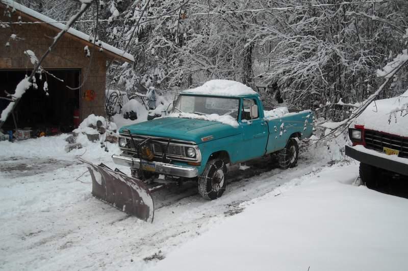 Plow-Truck-Nov-12-2013-1