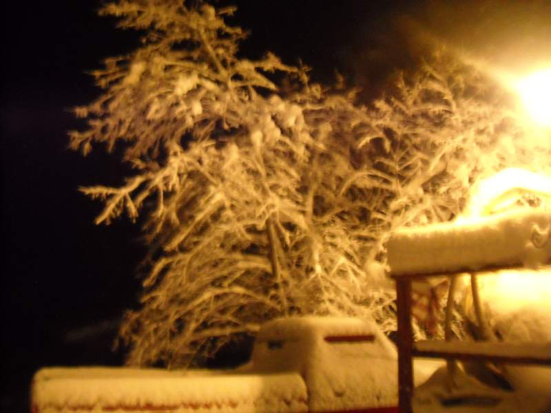 Dec-9th-Snow-Night-5