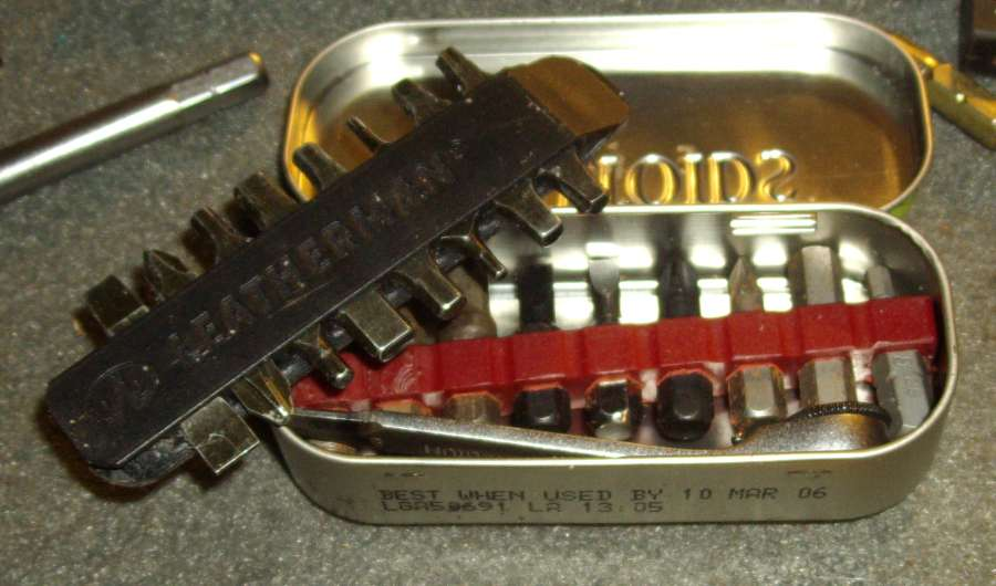 Mini-Tin-Bit-Kit-10